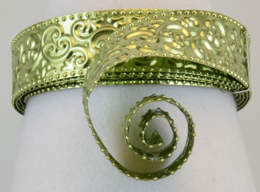 Aluminium wire oriental embossed 30x0,5mm 2m apple green