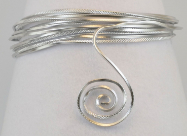 Aluminium wire triangle embossed 2,8mmx5m silver
